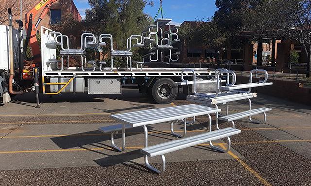 bab aluminium Albion Park High School