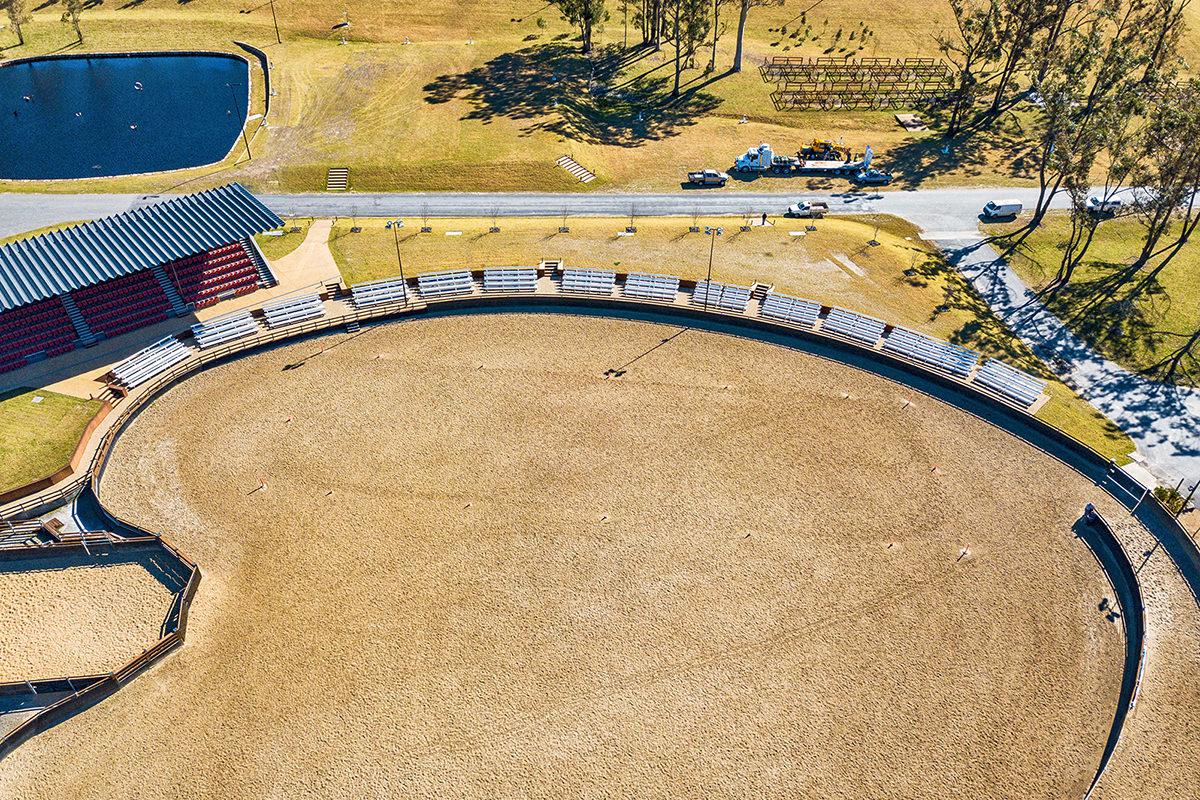 BAB Aluminium equine outdoor seating willinga park